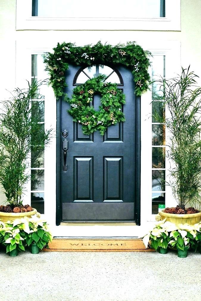 Simple Front Door Greenery