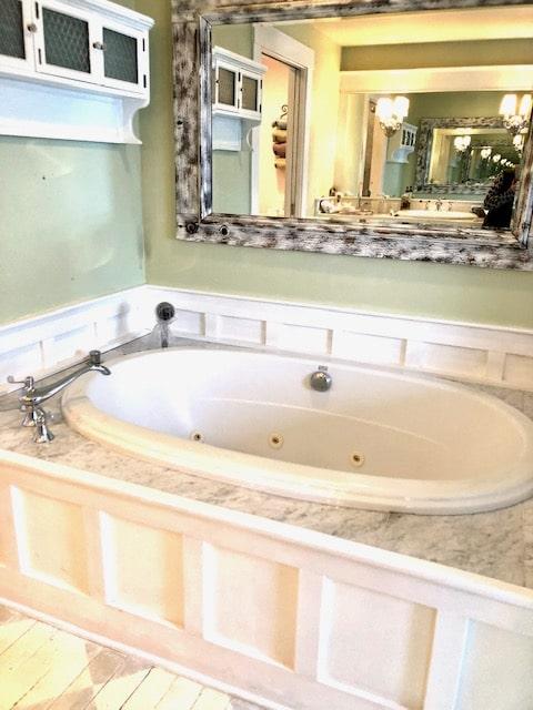 BEFORE Bath Tub