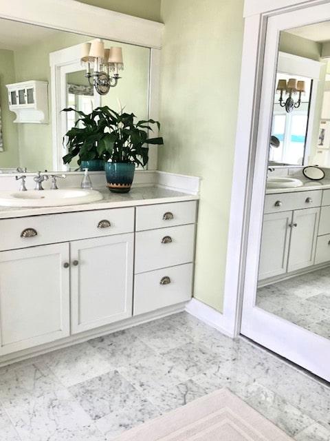 Bathroom Vanity (unchanged)