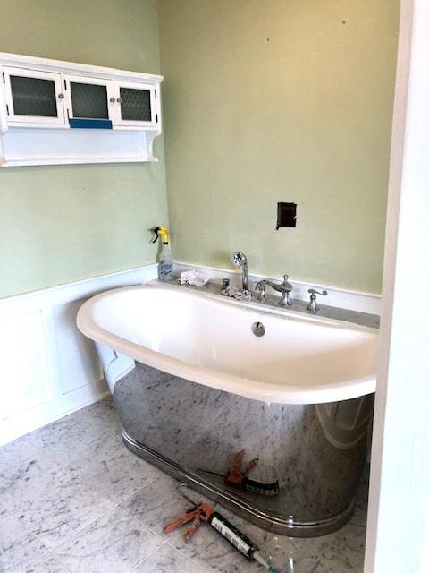 Installing the Tub