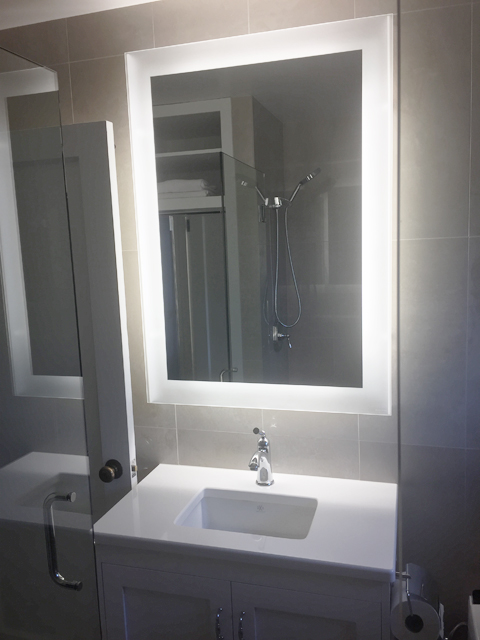electric-mirror-new-sink